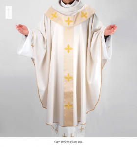 Beige Color Patricio Chasuble