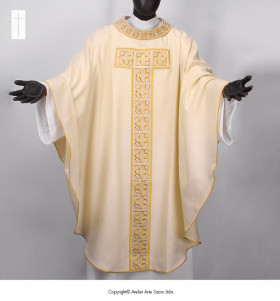 Beige Color Trigogliata Chasuble