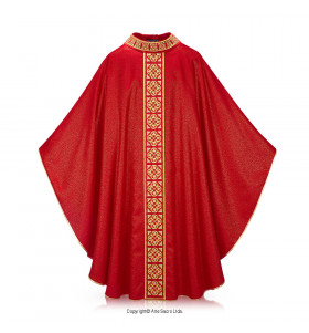 Red Color Trifogliata Chasuble