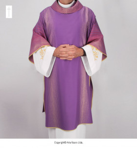 Purple Color Pa'Oro Dalmatic